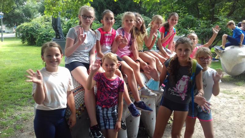 Letní kempy na ZŠ Englišova ve znamení sportu, přírody a médií